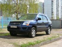 Верховный суд запретил штрафовать за парковку на газонах