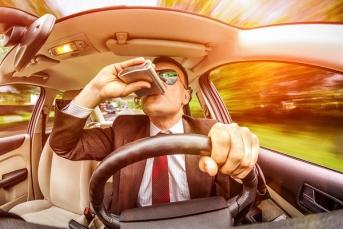 Имена пьяных водителей повесят на доску позора